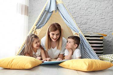 Házi időszakos gyermekgondozó OKJ képzés
