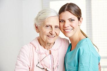 Szociális ápoló és gondozó szakmai oktatás